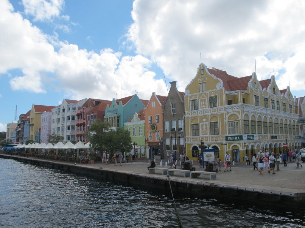 passing by the waterfront, Willemstad