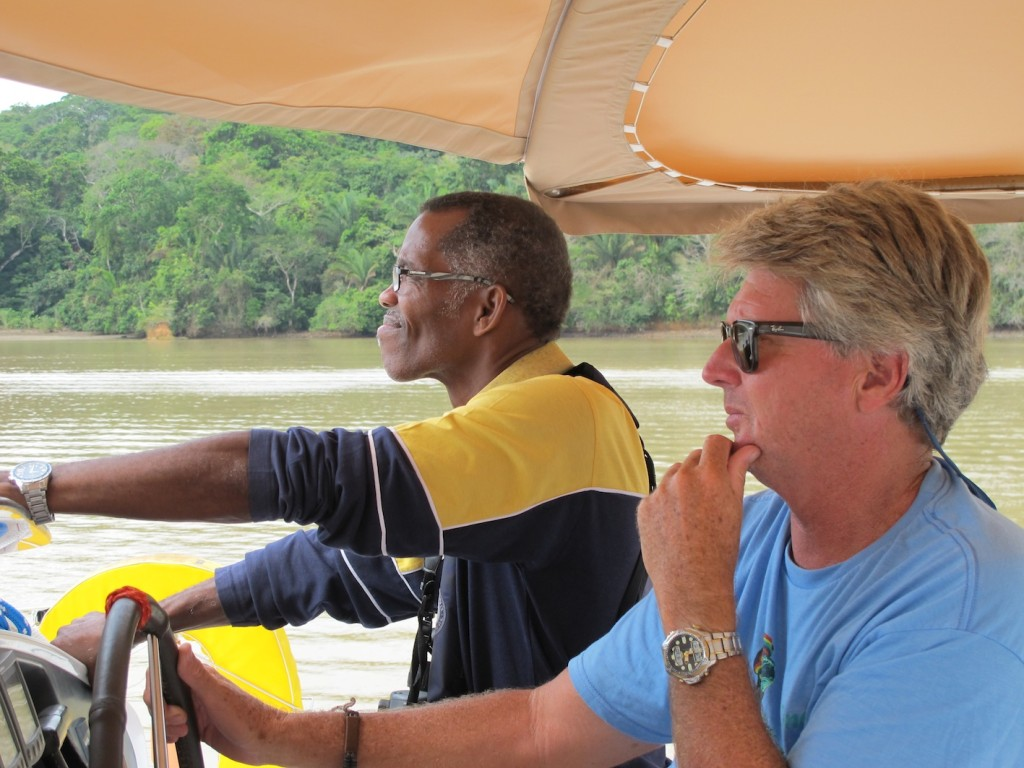 Hector our second advisor, with Bruce trying to look nonchalant as our motor played up
