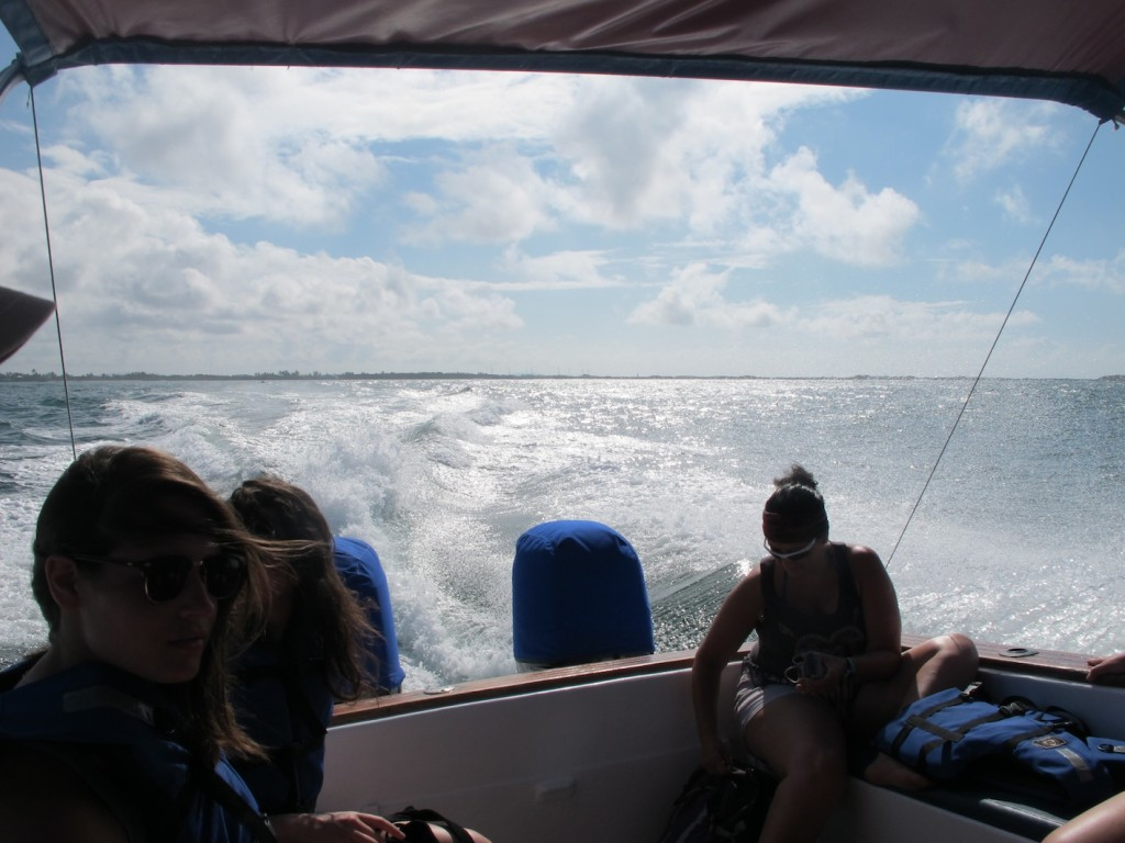 Our speedboat ride to Los Tuneles