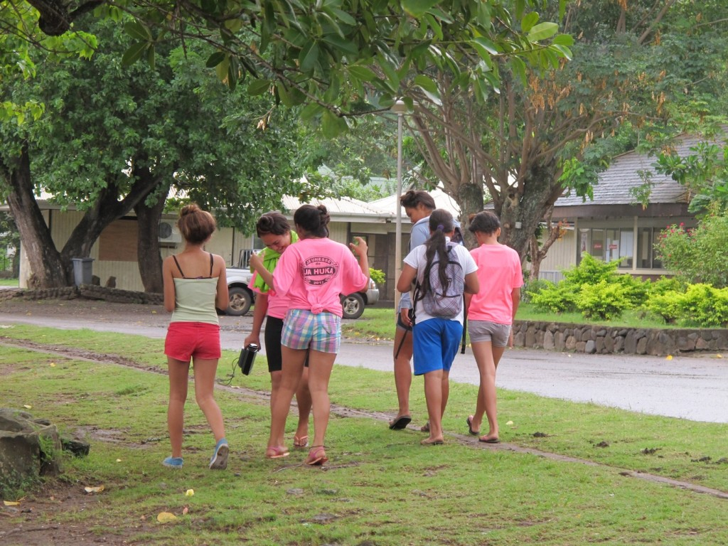 teenagers having fun, Nuku Hiva