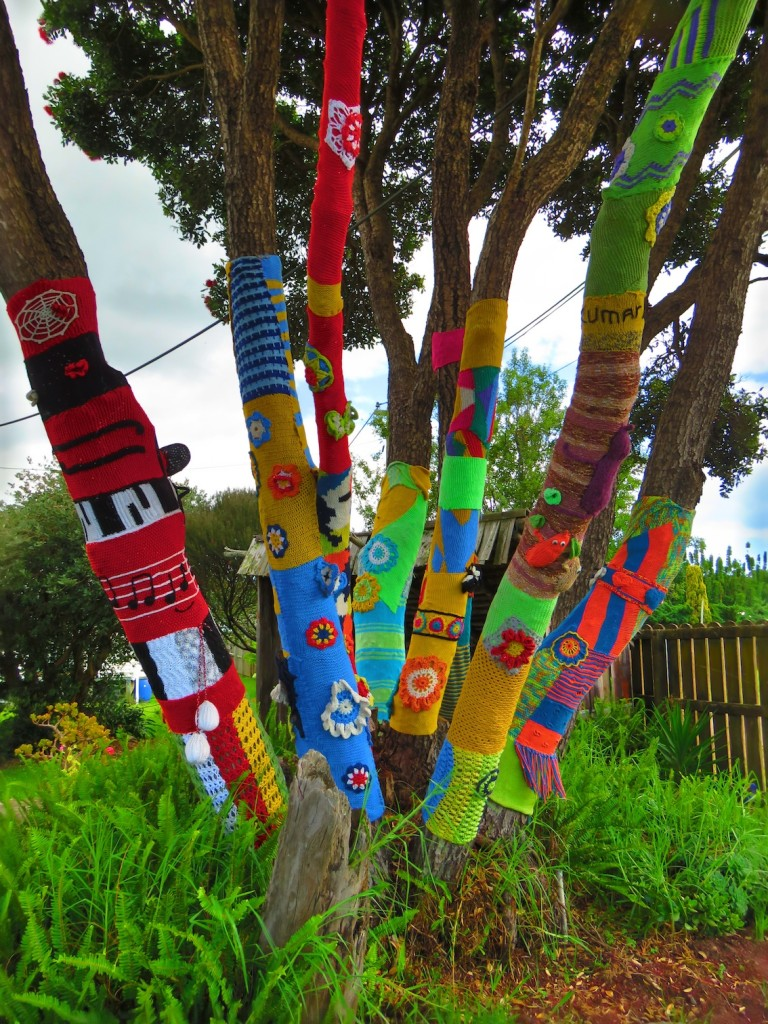 On our way home we spotted these tree socks - seems the kiwis love their trees!