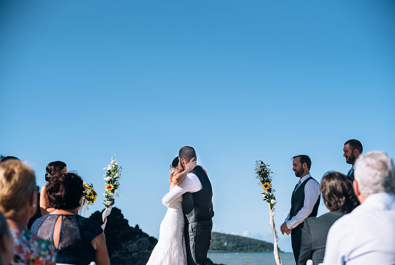the kiss (photo courtesy Cairns Photography)